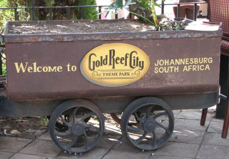 Day trip tours – Soweto, Gold-reef City / Apartheid Museum, Lion Park, Sun City and more
